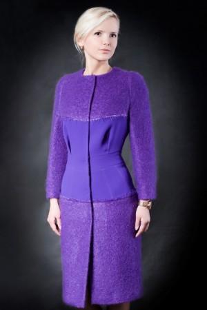 Фиолетовое пальто-платье
